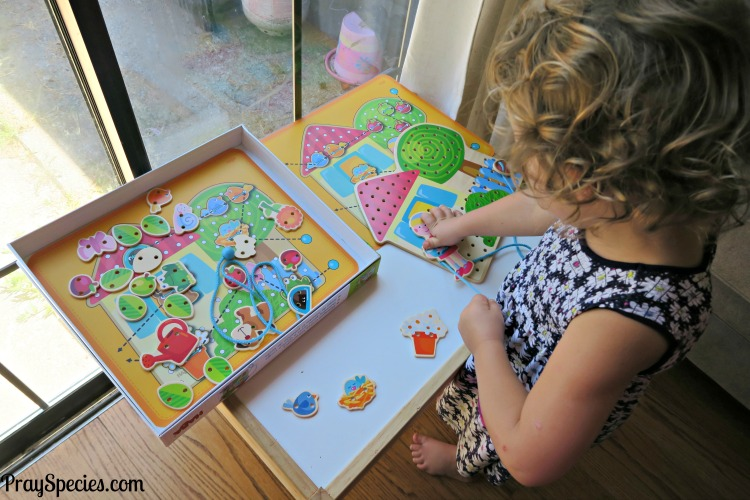 Habba Threading Activity with Timberdoodle