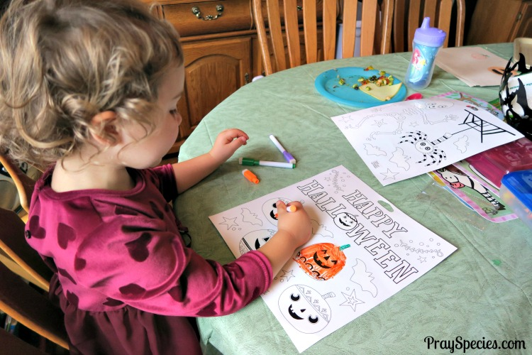 coloring-halloween-window-decals-ladybug
