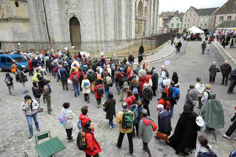 Pilgrim groups arriving in Chartres by Jill K H Geoffrion