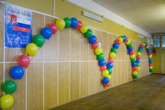 Как украсить стены коридора
