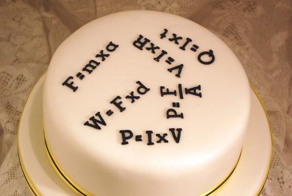 Торт с формулами
