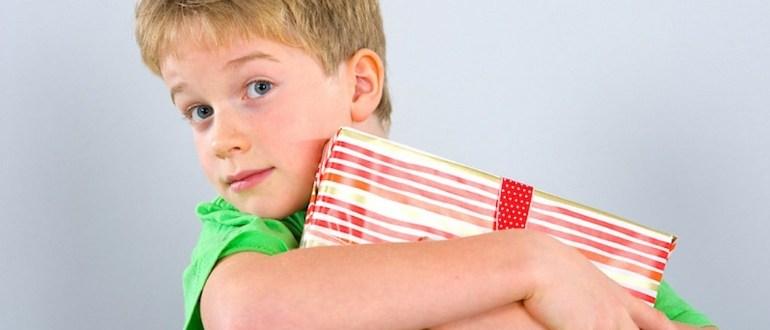 подарки мальчикам на 23 февраля