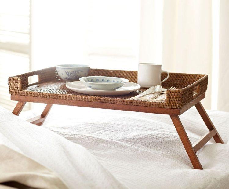 Поднос для завтраков в постель