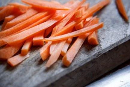 carrot-1282799__180