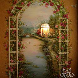 Барельеф в спальне «Арка роз»