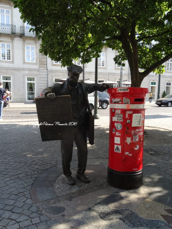 statue-praca-da-liberdade