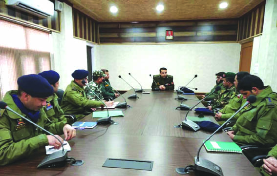 IGP visits Kulgam, chairs security review meet