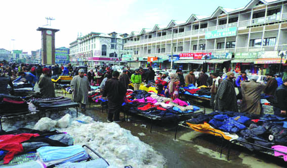Life returns to normal in Kashmir after day-long strike