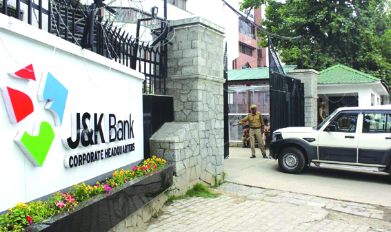 Scrapping of JK Bank jobs: Mainstream camp up in arms, say move tantamount to attack on Bank's autonomy