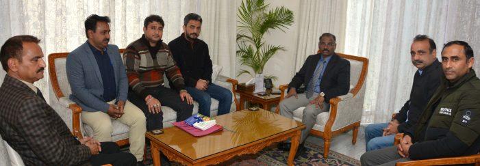 SKUAST-TAJ, delegations of NYC & Rehbar-e-Janglat, residents of Latti area call on Lt Governor