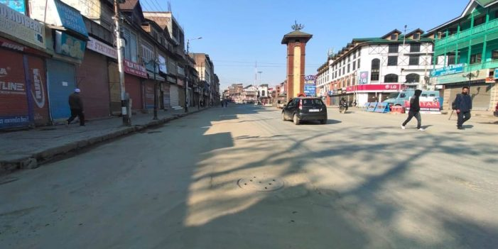 COVID-19: Lock down enforced in Kashmir, life remains crippled for 5th day