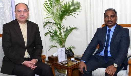 Chairperson J&K Law Commission meets Lt Governor