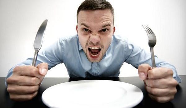 腹が減っては戦ができぬ