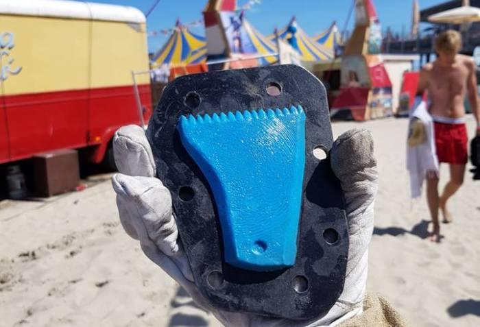 MadNes surf wax combs | Precious Plastic Den Haag | PPDH