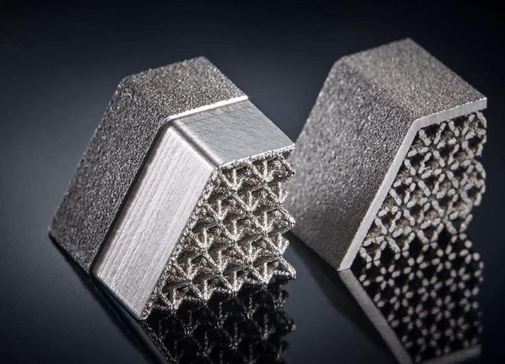 Produits et services - pièce métallique