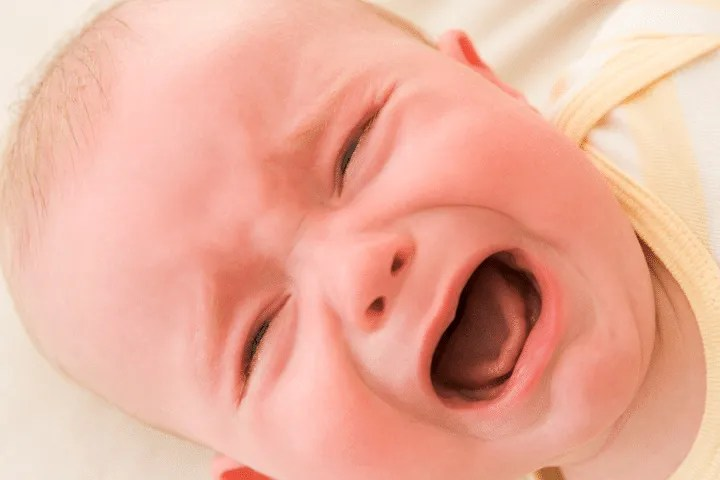 Being a new parent to a newborn baby is difficult. When your baby cries you want to be there, and make your baby feel happy, safe, and warm. But why do babies cry? Find out the most popular reasons why babies cry, how to identify your baby's crying and how to soothe your crying baby! | Parenting | Parenting Tips | New Parent Advice | New Mom | Babies | Newborn Baby |