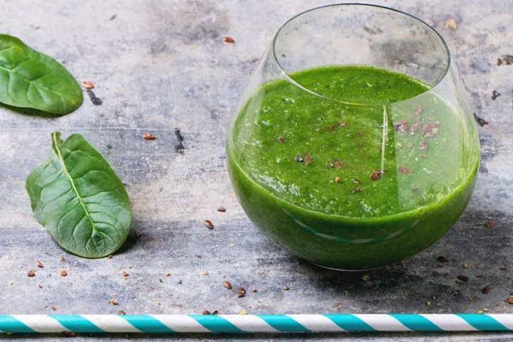 Green pregnancy strength smoothie, to give you an energy boost!
