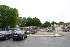 Greenlawn_demolition_roeder_24