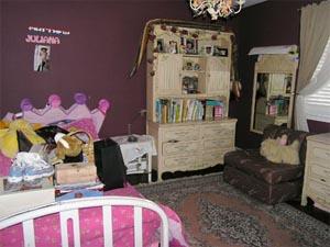 Reston VA bedroom before staging