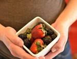 Fibre rich food, berries, pregnant woman, constipation relief