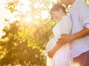 happy pregnant couple