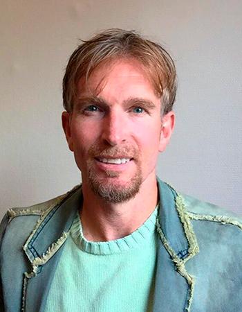 Rune Roman Hagen, portrettfoto av forfatter