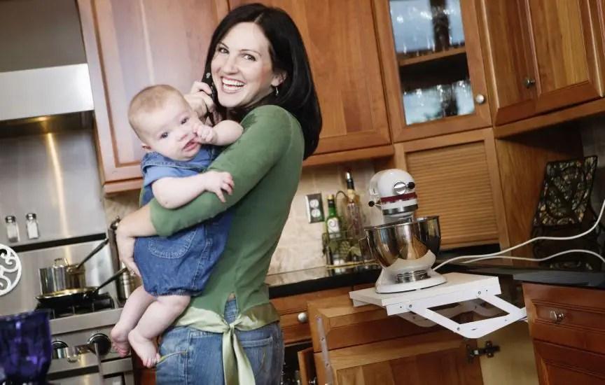mama en cocina