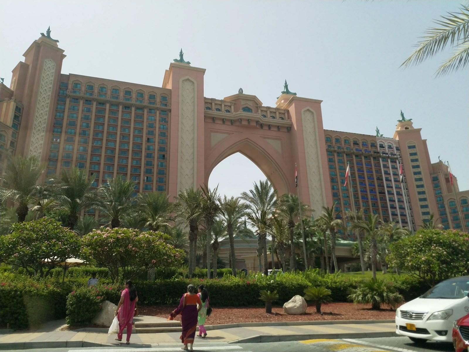 viajar a Dubai con niños