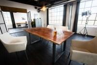KAWOLA Essgruppe 5-teilig mit Esstisch Baumkante nussbaumfarben Fuß silber 160x85 und 4x Stuhl Cali Stoff creme