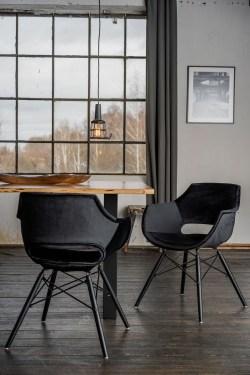 KAWOLA Essgruppe 9-Teilig mit Esstisch Baumkante Fuß schwarz 180x90cm und 8x Stuhl ZAJA Velvet schwarz