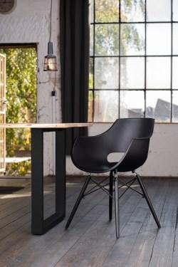 KAWOLA Essgruppe 5-Teilig mit Esstisch Baumkante nussbaumfarben Fuß schwarz 140x85cm und 4x Stuhl ZAJA Kunststoff schwarz