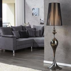 Stehlampe SCARLET Schwarz mit Standfuß aus Schwarz glänzendem Metall 160cm Höhe