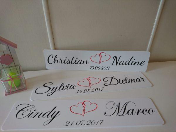 Edel und individuell gestaltete Kennzeichen für deinen Hochzeitswagen