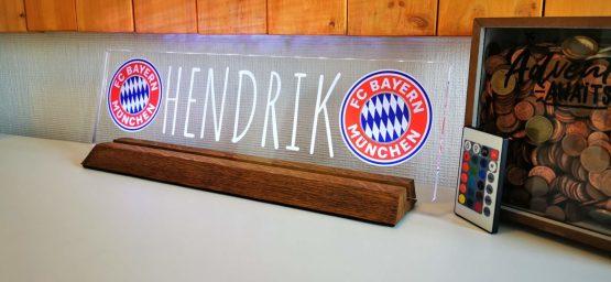 Acrylglas auf Holzsockel (beleuchtet) 45cm breit