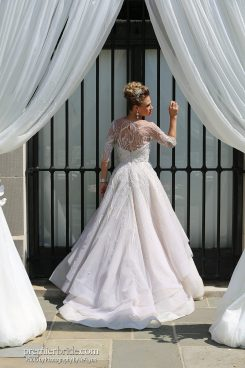fine details on gorgeous gown