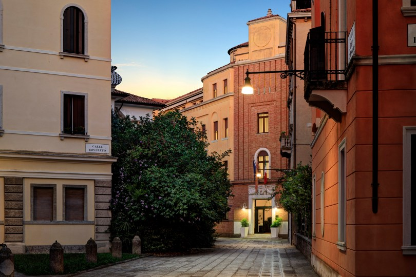 IHG® expands boutique portfolio in Italy with the signing of Hotel Indigo® Venice - Sant'Elena