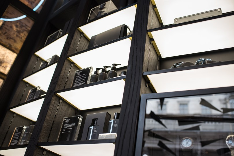 Why Pixalux Illuminated LED Panels are a World's First