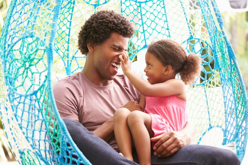 Dad Hacks: The Ultimate Guide to Raising Healthy, Happy Kids