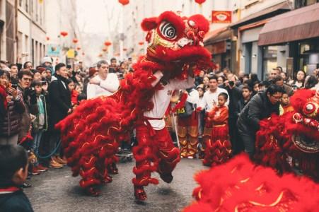 Dragon dans les rues de Lyon