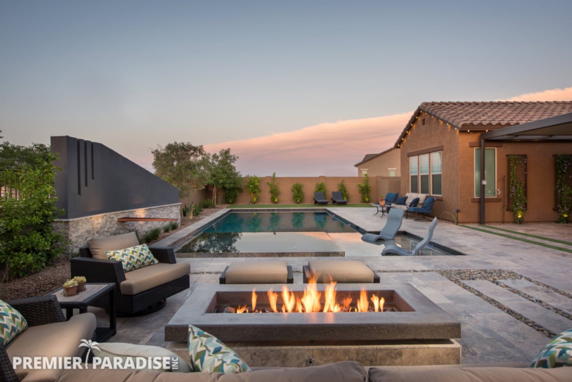 Modern Perimeter Overflow Spa & Luxury Outdoor Living ... on Outdoor Living Space Builders Near Me  id=62792
