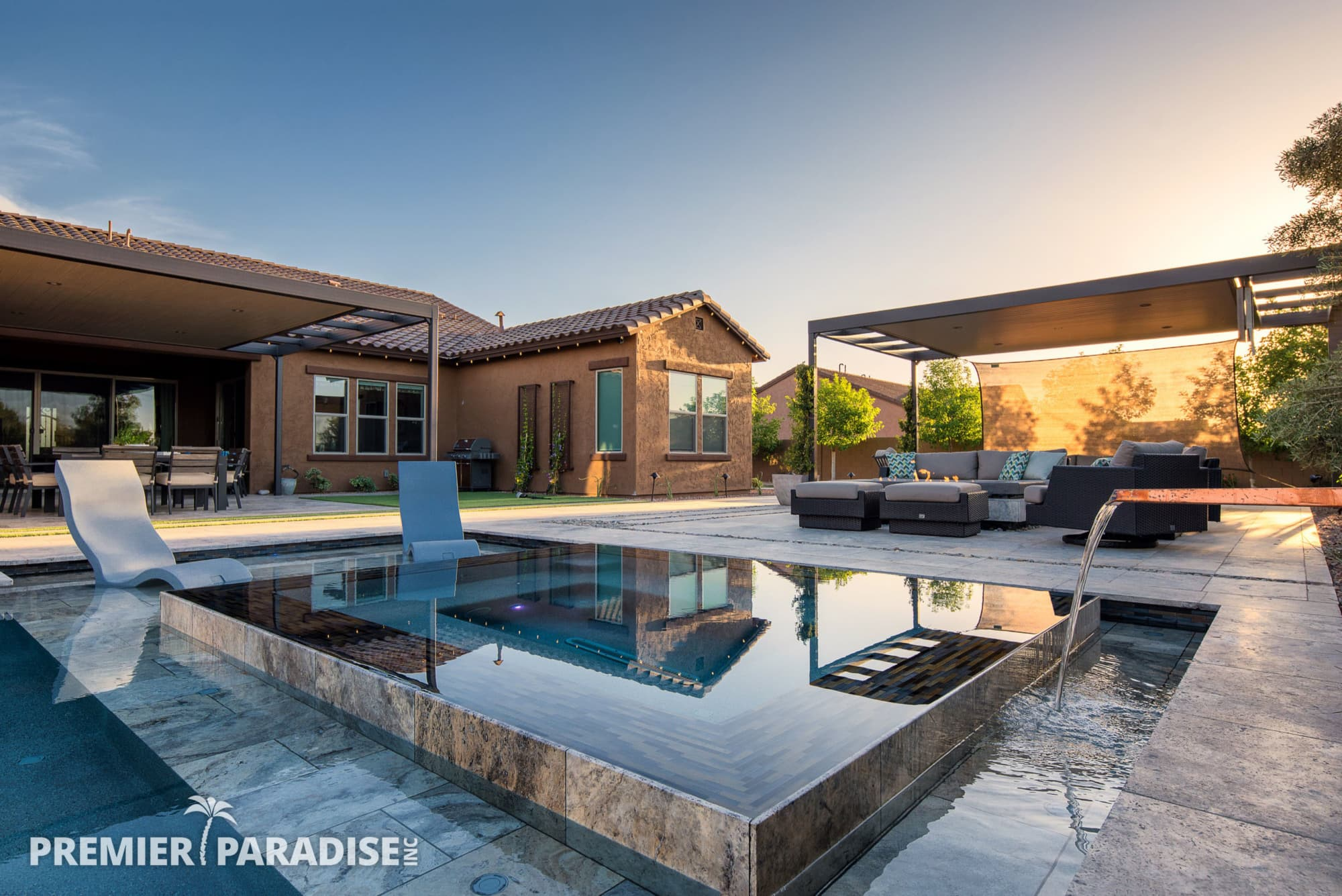 Modern Perimeter Overflow Spa & Luxury Outdoor Living ... on Outdoor Living Spa  id=62217