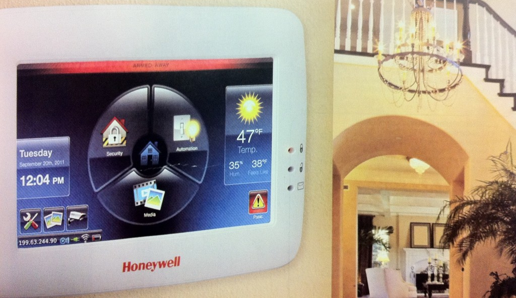 Honeywell_6280i-Touch_Screen_Kp_Premier_Security