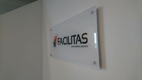Facilitas