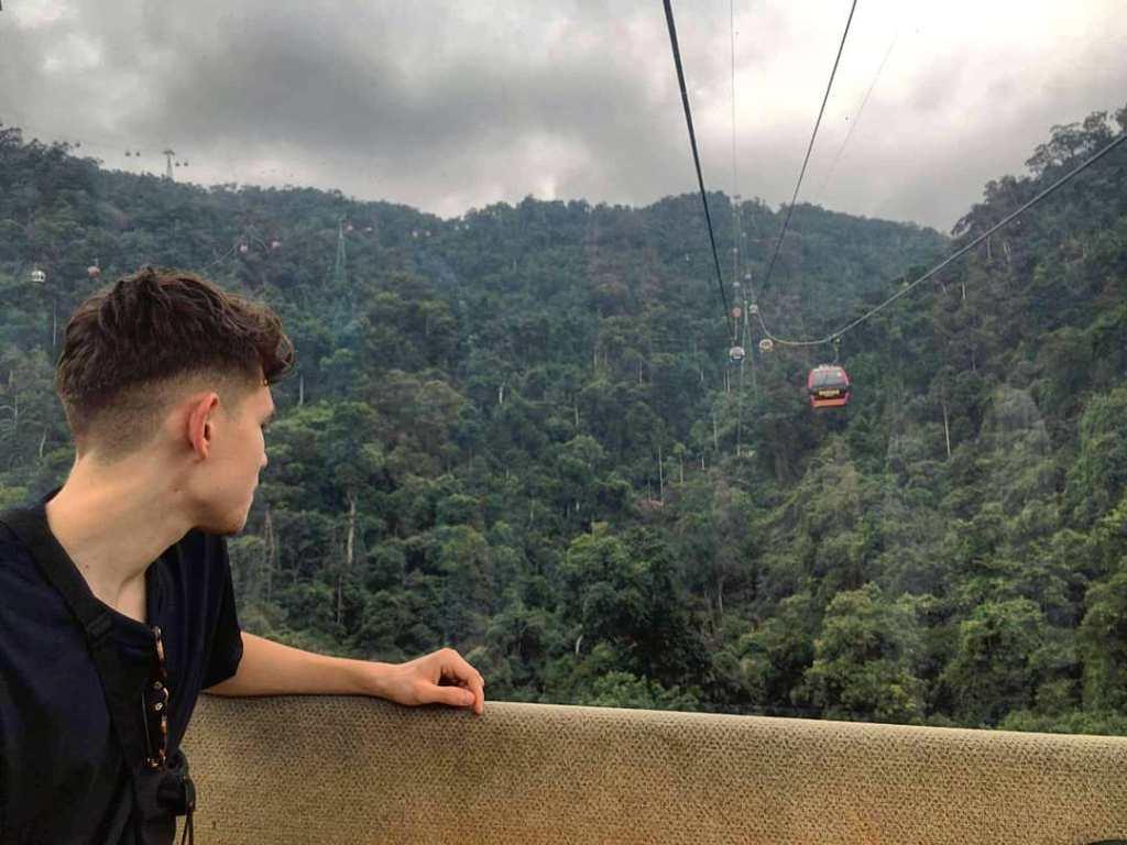 Gazing 1024x768 - Will Davies living it up in Vietnam ✈️