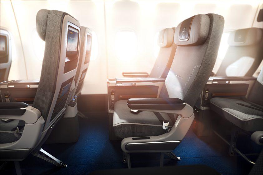 Lufthansa Premium Economy (Photo by Lufthansa)