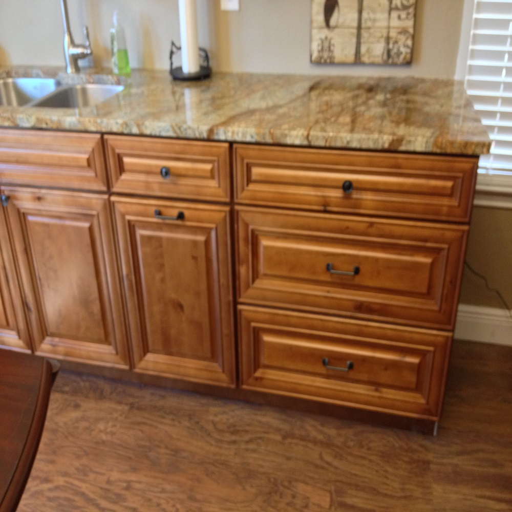 Knotty Maple | Premium Cabinets on Maple Cabinets  id=16031