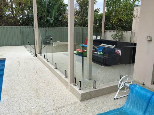 frameless-glass-pool-fencing-perth-wa5