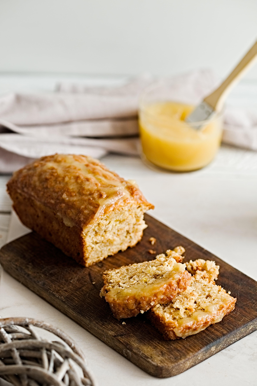 Applesauce bread-min