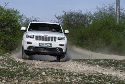 jeep-grand-cherokee-overland-8