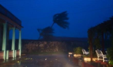 Hurricane Matthew pounds Cuba after drenching Haiti